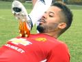FIFA 17: Футболисты спародировали баги игры в реальном времени