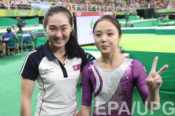 Хонг Ун Джонг (КНДР) и Ли Юн Джу (Южная Корея)