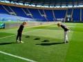 На фарт? Перед матчем Шахтера в ЛЧ кроты разрыли газон поля в Харькове