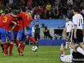 Конец немецкой сказки. Испания дебютирует в финале
