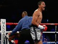 Потенциальный соперник Ломаченко защитил титул WBC