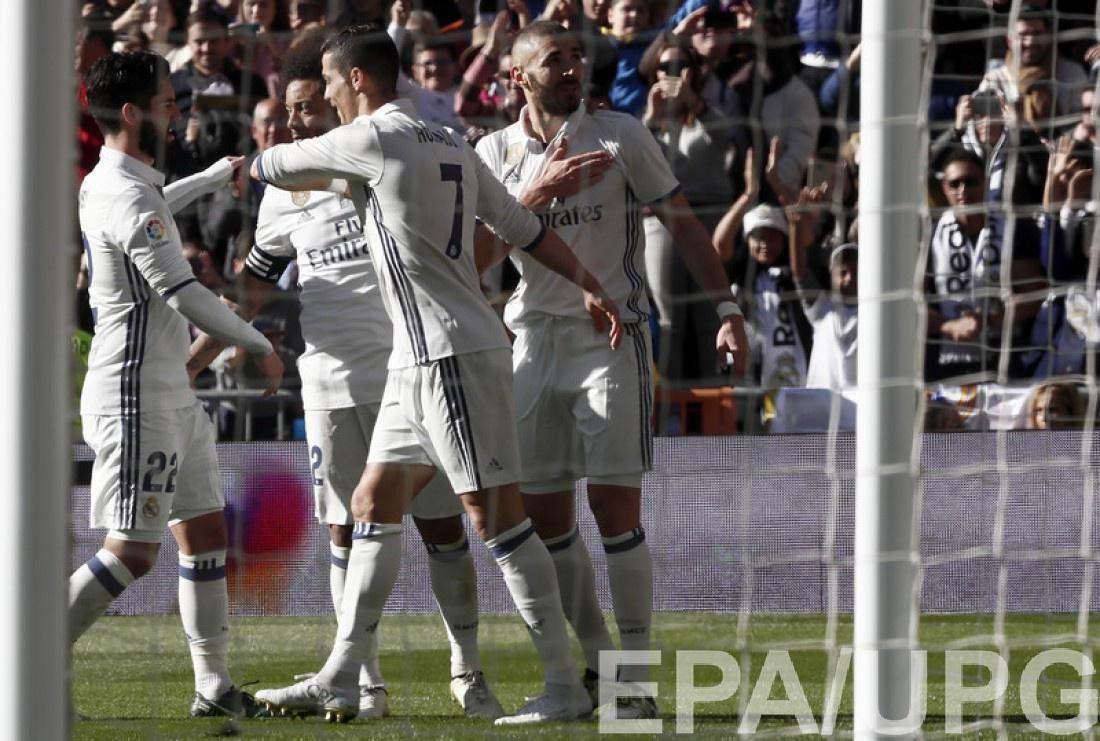 Бензема вышел навосьмое место всписке наилучших бомбардиров «Реала»