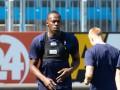 Усэйна Болта представили футболистам норвежского клуба как новичка команды