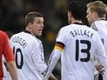 Подольски и Баллак подрались во время матча против Уэльса