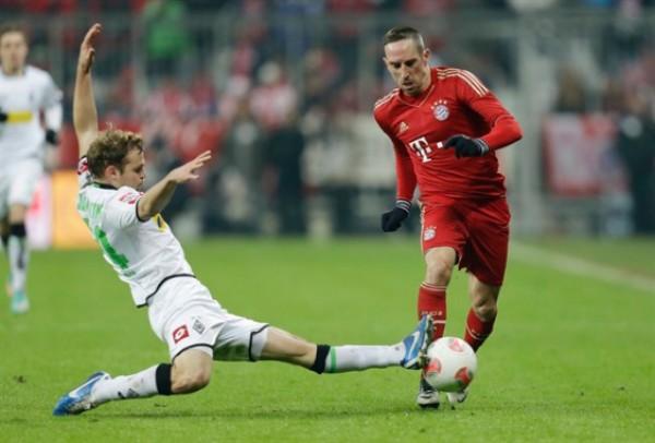 Бавария играет с менхенгладбахской Боруссией