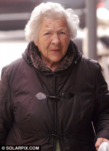 У 100-летней Терезы Канете есть две недели, чтобы освободить квартиру