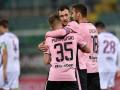 Фанат Палермо кинул в арбитра мороженое и клуб оштрафовали на 10 тысяч евро