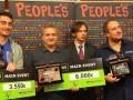 Экс-игрок сборной Испании потерял работу из-за увлечения покером