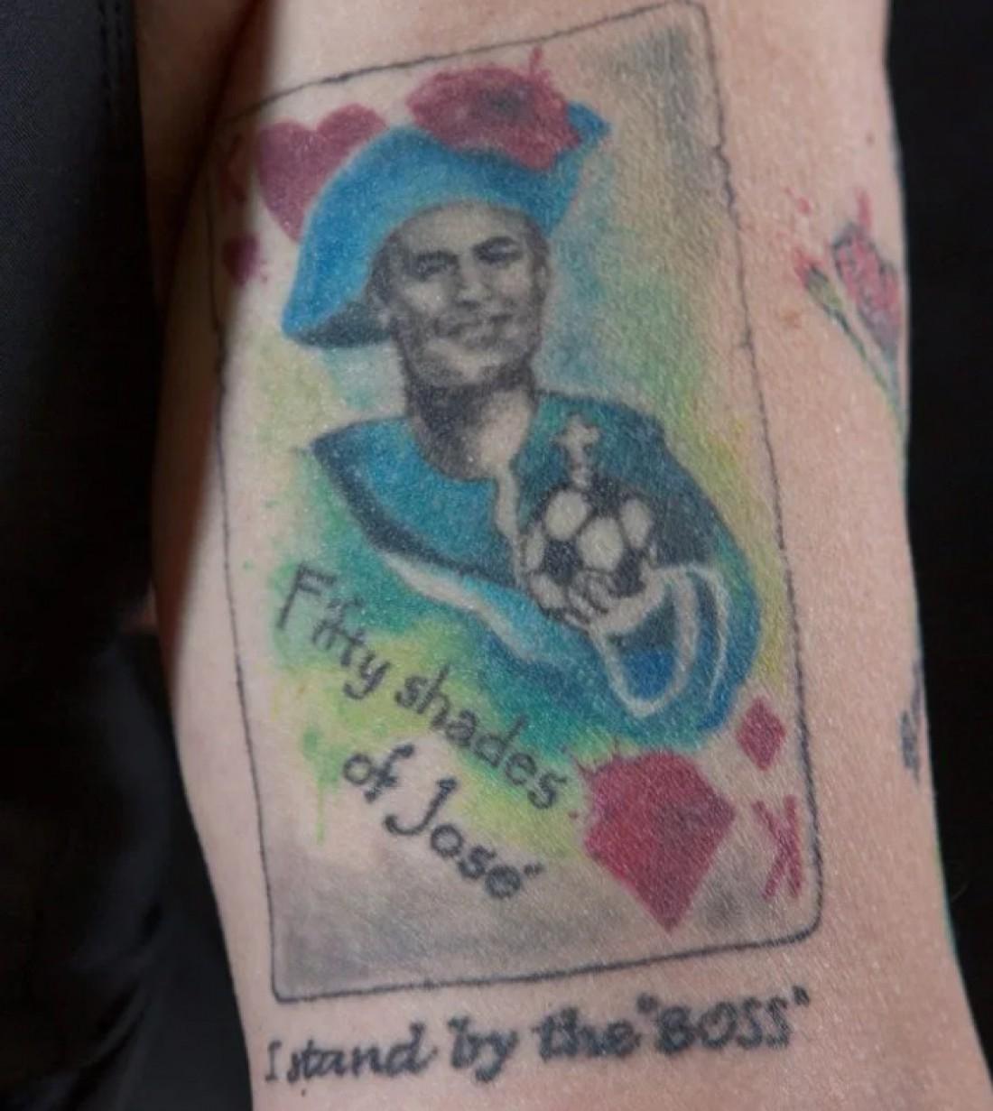 Татуировка с изображением Моуринью
