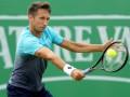 Стаховский в сложном поединке проиграл в первом круге турнира во Франции