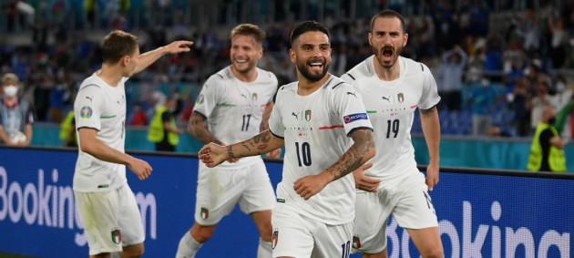 Италия уничтожила Турцию в стартовом матче Евро-2020