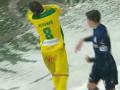 Ковалец из Черноморца нокаутировал игрока Карпат во время матча