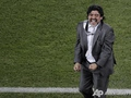 Марадона любит всех. Аргентина побеждает Грецию