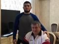 Нурмагомедов впервые написал в соцсетях об отце, который недавно скончался