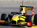 Первый блин комом: Петров дебютировал в F1