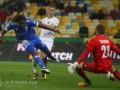 Динамо планирует продлить Мбокани и будет искать замену Буяльскому