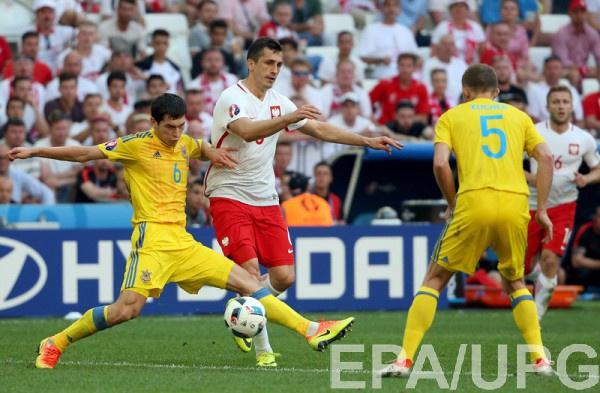 Сборная Украины в матче с Польшей