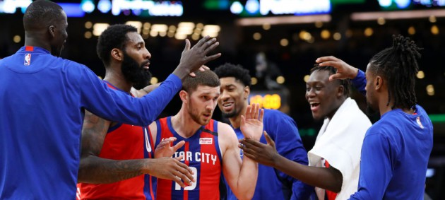 Михайлюк провел невероятный матч в NBA, но Детройт уступил Милуоки