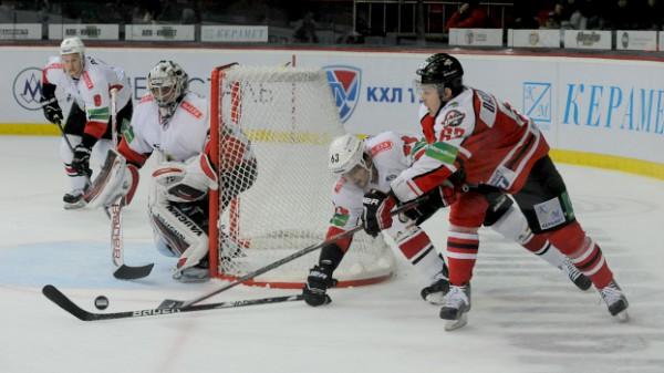 Донбасс вырвал победу в матче с Трактором