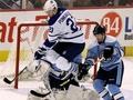 NHL: Поникаровский обыграл Федотенко