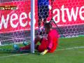 Эстонская команда запулила гол в свои ворота