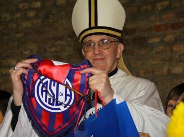 Новый Папа Римский Франциск I - болельщик Сан-Лоренсо