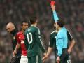Была ли красная? СМИ об удалении футболиста МЮ в матче с Реалом