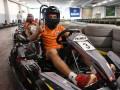 Кто быстрее: футболисты Шахтера устроили сумасшедшие гонки на картах