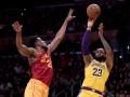 НБА: Лейкерс справился с Индианой, Голден Стэйт уступил Торонто в овертайме