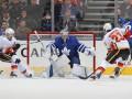 НХЛ: Вашингтон разгромил Чикаго, Торонто по буллитам перестрелял Калгари