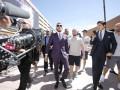Макгрегор и Мейвезер официально прибыли в Лас-Вегас