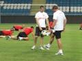 Футболисты Скендербеу перед матчем с Черноморцем бегали и ползали (ФОТО)