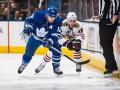 НХЛ: Чикаго в результативном матче обыграл Торонто, Рейнджерс крупно уступил Ванкуверу