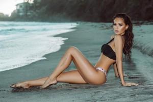 Красотка пятницы: сексапильная модель, которая болеет за Ломаченко