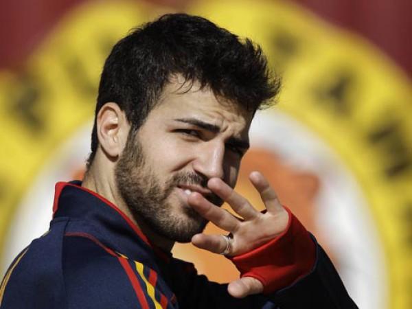 Фабрегас мечтает завершить карьеру в Барселоне