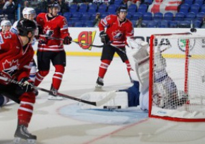 ЧМ-2011 по хоккею: Канада разгромила Францию, Россия с трудом обыграла Словению