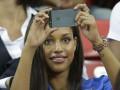 Девушка Марио Балоттели поддержала любимого в игре против Японии