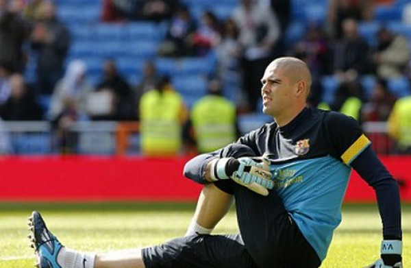 Виктор Вальдес в товарищеском матче получил травму
