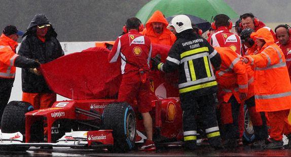 Практика была очень опасной для гонщиков