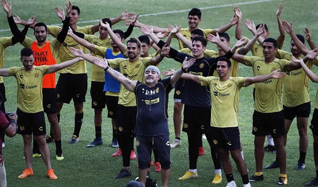 Диего Марадона провел первую тренировку в новом клубе