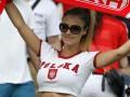 Горячая поддержка Евро-2016: Самые красивые болельщицы 1/8 финала