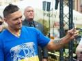 Усик улетел в Польшу за чемпионским поясом Кшиштофа Гловацки