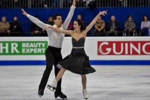 Страсти на льду: Самые яркие кадры с чемпионата Европы по фигурному катанию