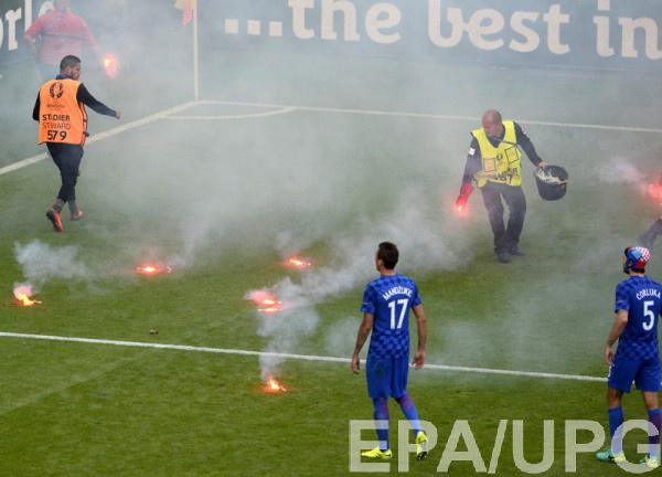 Хорватские болельщики сорвали матч