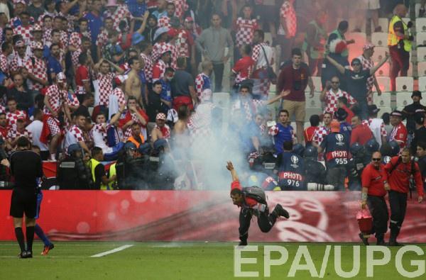 Беспорядки на матче группового этапа Хорватия – Чехия
