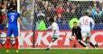 Игрок французской сборной подсказал вратарю, куда будут бить пенальти