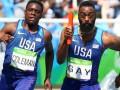 Американские бегуны узнали о своей дисквалификации в эстафете во время телеинтервью
