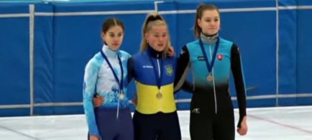 Репецкая победила в общем зачете турнира по шорт-треку в Венгрии