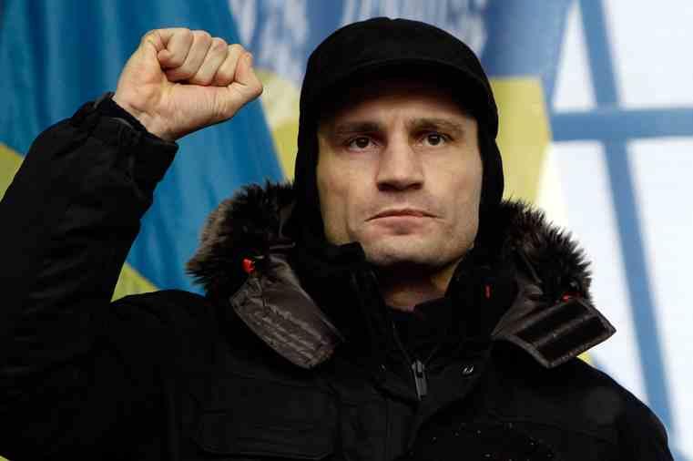 Виталий Кличко переживает за Миха'ля Шумахира
