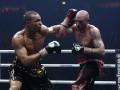 Юбенк-младший имеет еще шансы боксировать в финале WBSS
